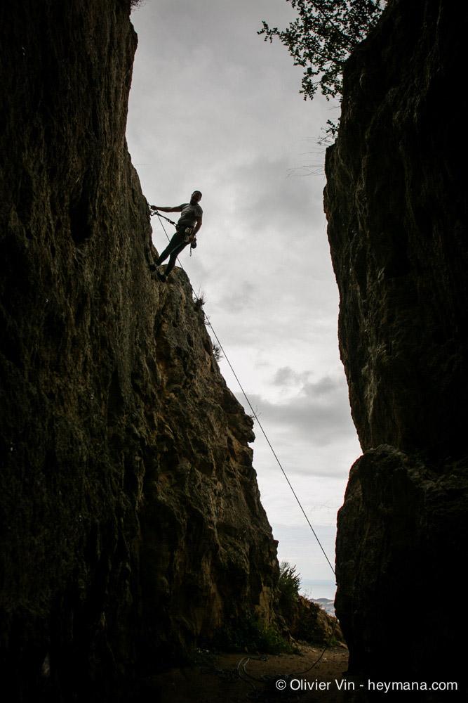 Climbing under the pueblo